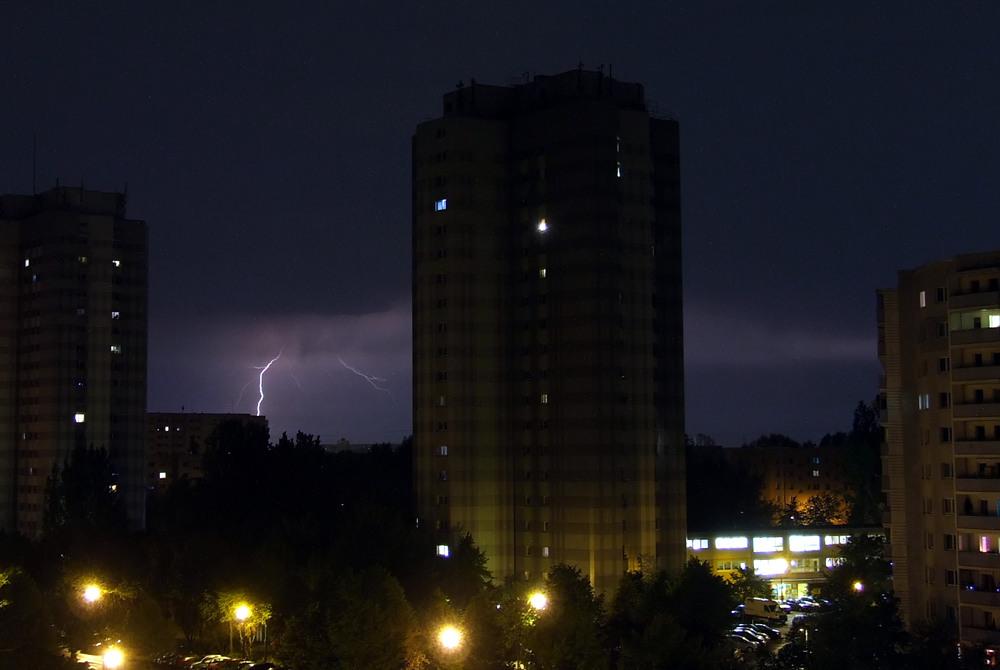 Blitz in 50 km Entfernung